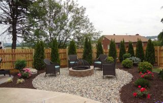 Mulch & Decorative Stone 17