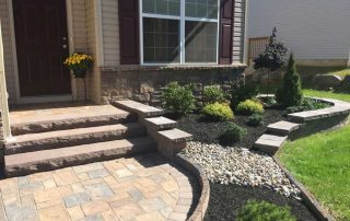 Mulch & Decorative Stone 19